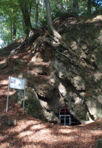 PA120318 in Zwergenhöhle von Herrenstrunden